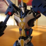 Thundercracker - Torso Detail