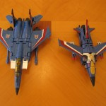 Classics Thundercracker and Transformers Prime Thundercracker - Jet Modes
