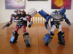 Silverstreak and Bluestreak - Sports Car modes